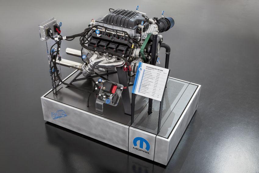 Mopar reveals the Hellephant – 1,000 hp crate engine Image #884854