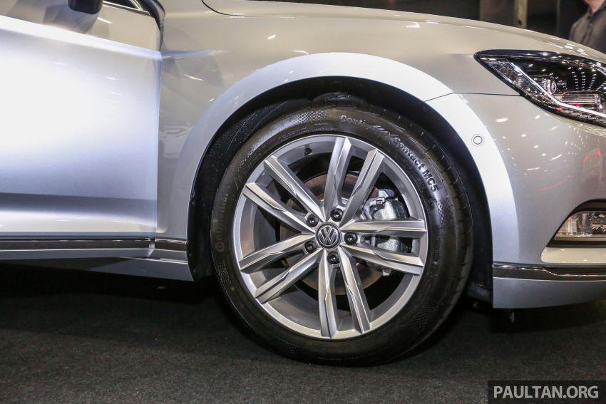 Volkswagen @ paultan.org PACE 2018 – Arteon previewed; Passat, Beetle, Golf range on display Image #883680