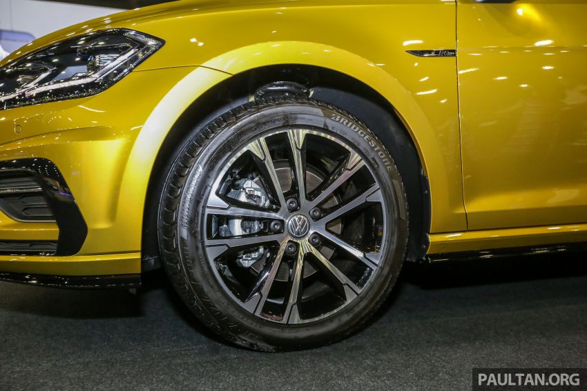 Volkswagen @ paultan.org PACE 2018 – Arteon previewed; Passat, Beetle, Golf range on display Image #883696