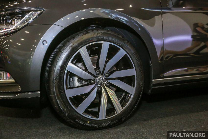 Volkswagen @ paultan.org PACE 2018 – Arteon previewed; Passat, Beetle, Golf range on display Image #883707