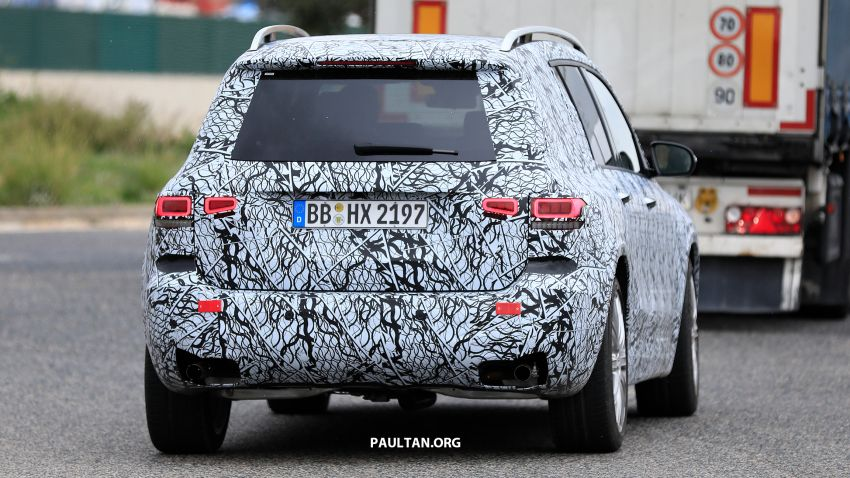 SPIED: 2019 Mercedes-AMG GLB 35 spotted testing! Image #898439