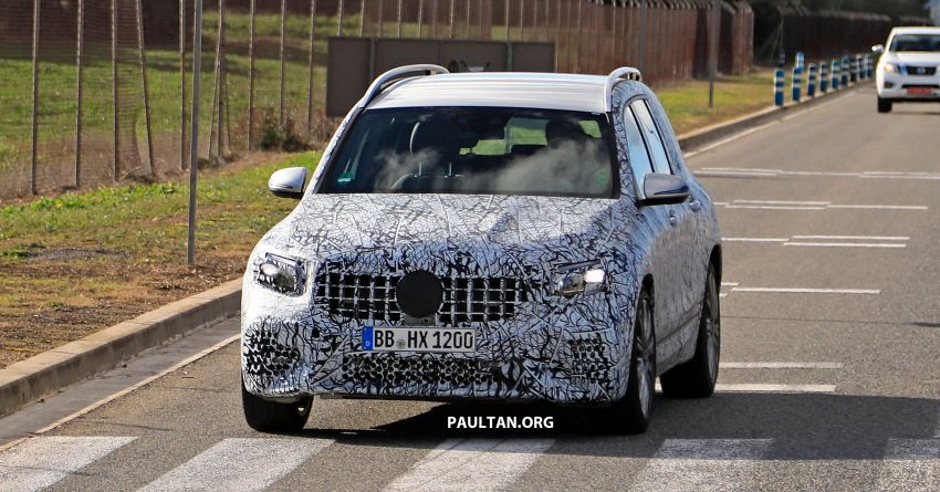 SPIED: 2019 Mercedes-AMG GLB 35 spotted testing! Image #898462