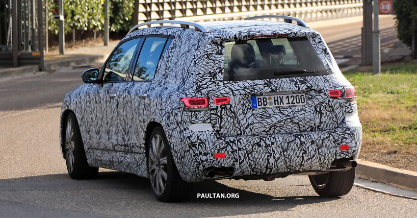 SPIED: 2019 Mercedes-AMG GLB 35 spotted testing! Image #898476