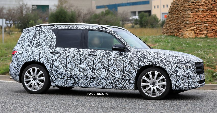 SPIED: 2019 Mercedes-AMG GLB 35 spotted testing! Image #898433