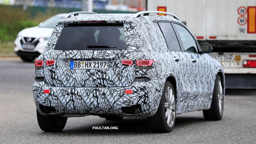 SPIED: 2019 Mercedes-AMG GLB 35 spotted testing! Image #898438