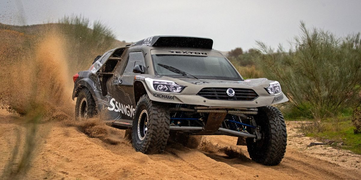 ssangyong rexton dkr revealed for 2019 dakar rally. Black Bedroom Furniture Sets. Home Design Ideas