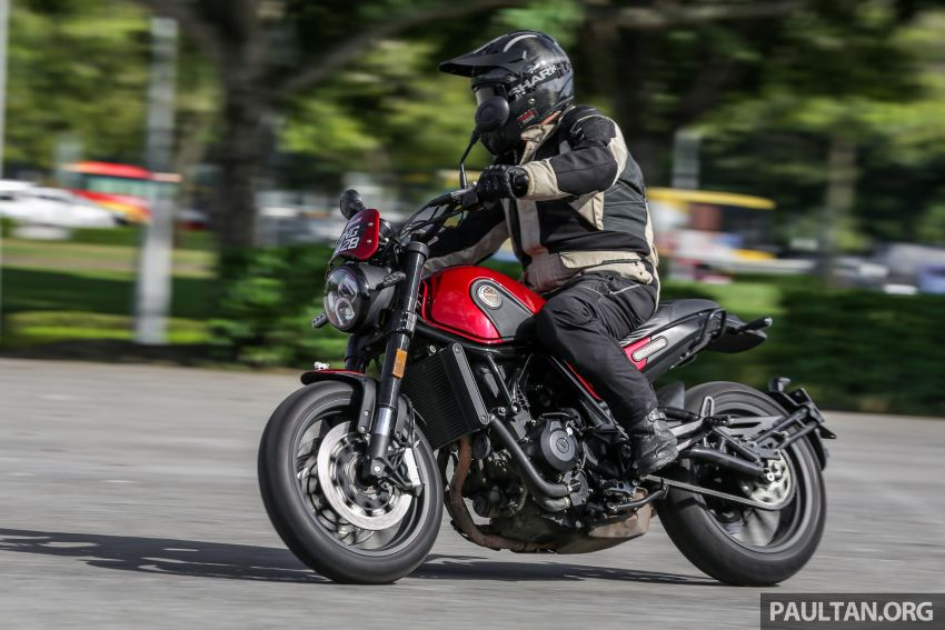 REVIEW: Benelli Leoncino – riding the 500 cc baby lion Image #899661