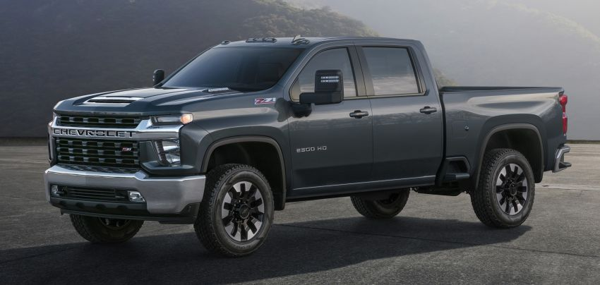 2020 Chevrolet Silverado HD – what's with that face? Image #898684