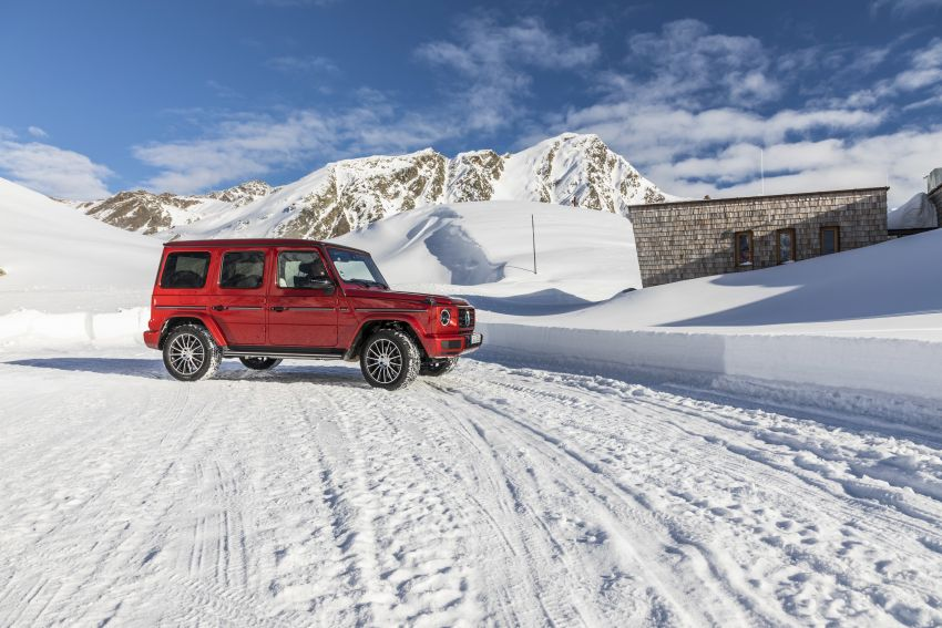 Mercedes-Benz G350d – entry-level G-Wagen debuts Image #904537