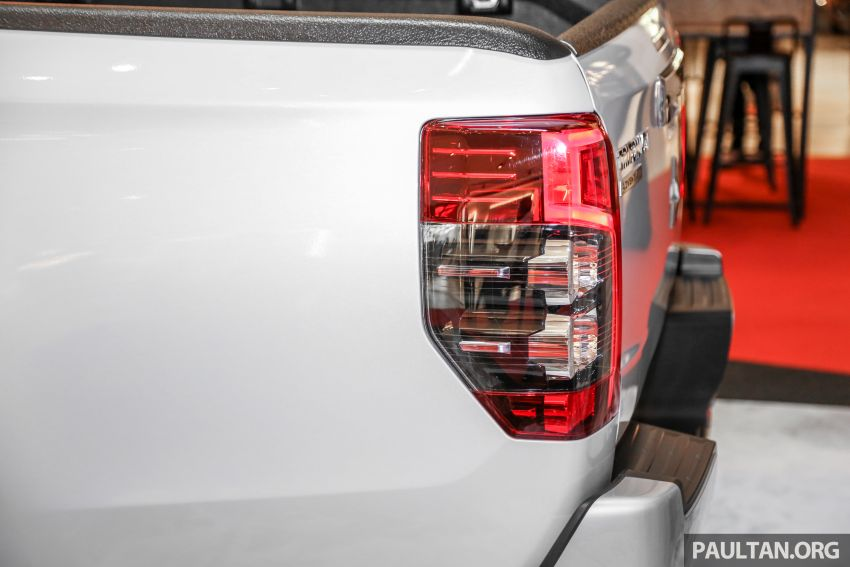 2019 Mitsubishi Triton in Adventure trim – Malaysian-spec interior revealed; Forward Collision Mitigation Image #900113