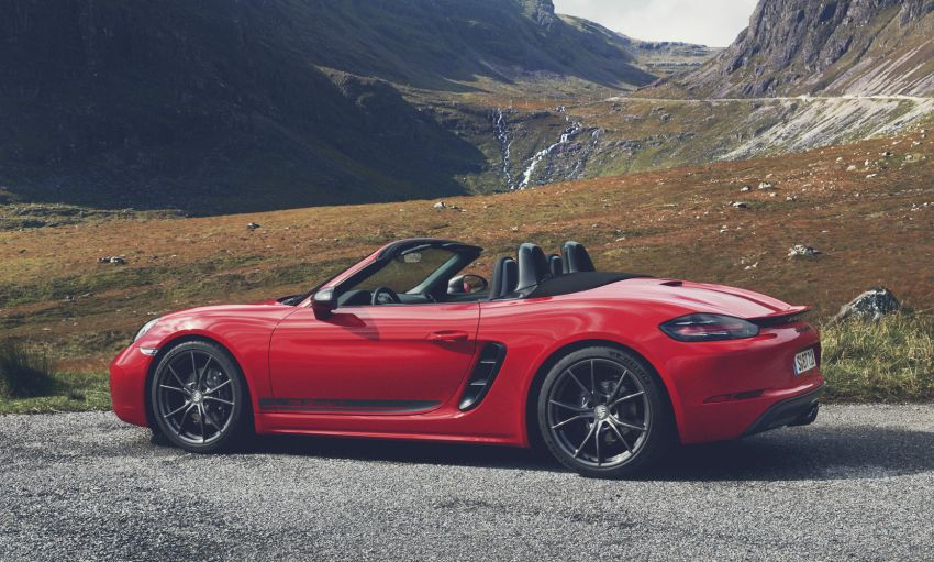 New Porsche 718 T – Boxster and Cayman stripped Image #903536