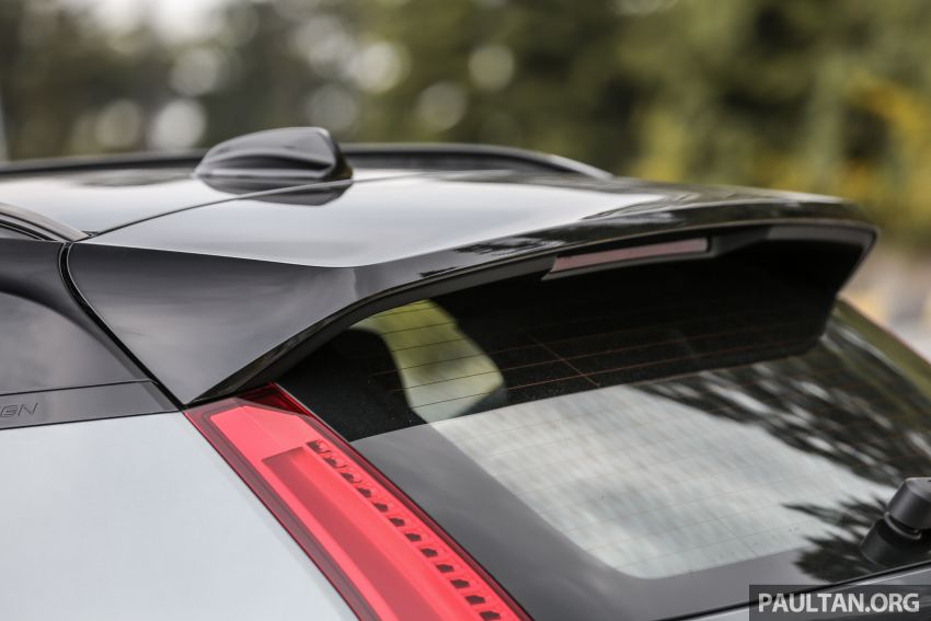 FIRST DRIVE: 2018 Volvo XC40 T5 AWD R-Design Image #902264