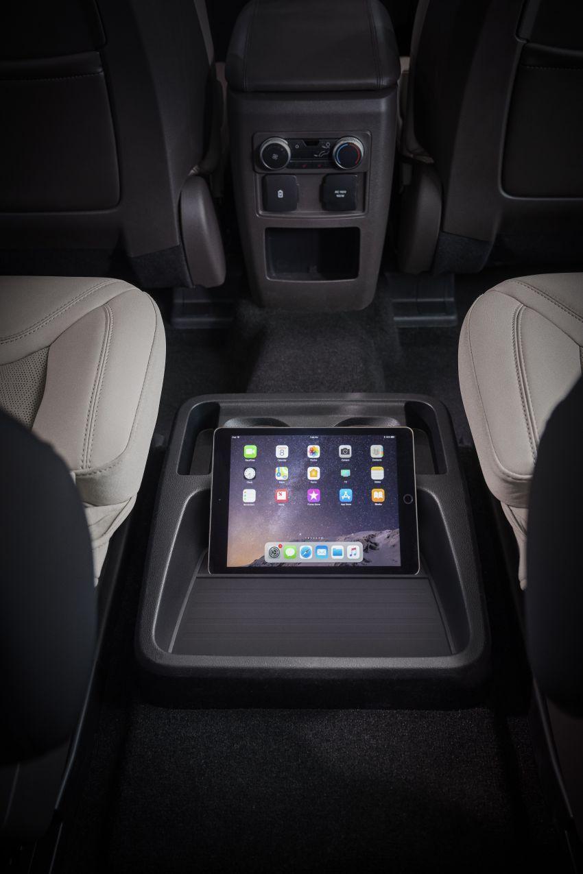 Ford Explorer 2020 didedah – pacuan roda belakang, 365 hp 3.0 liter biturbo V6, versi ST akan datang Image #908918