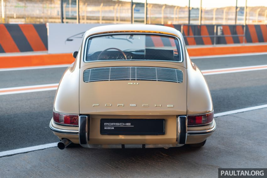 Porsche 911 tribute – a living legend owning its niche Image #989629