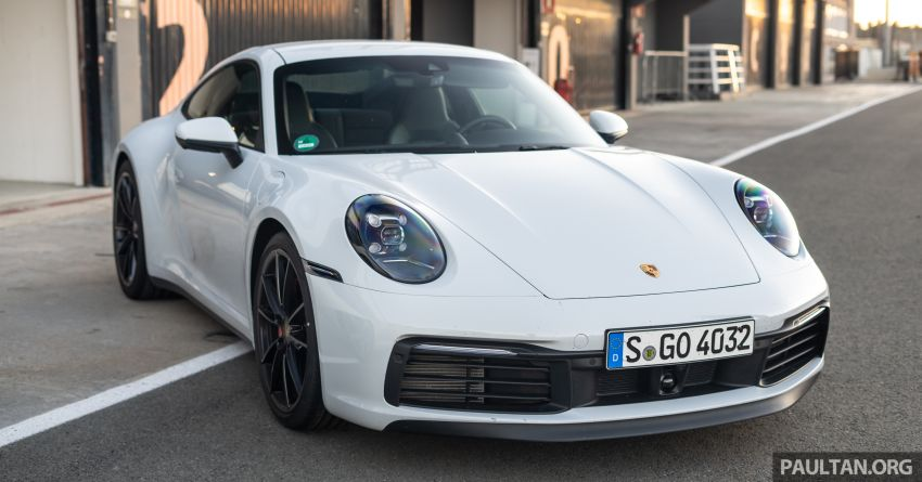 Porsche 911 tribute – a living legend owning its niche Image #989870