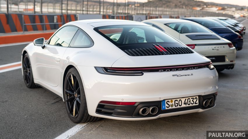 Porsche 911 tribute – a living legend owning its niche Image #989704