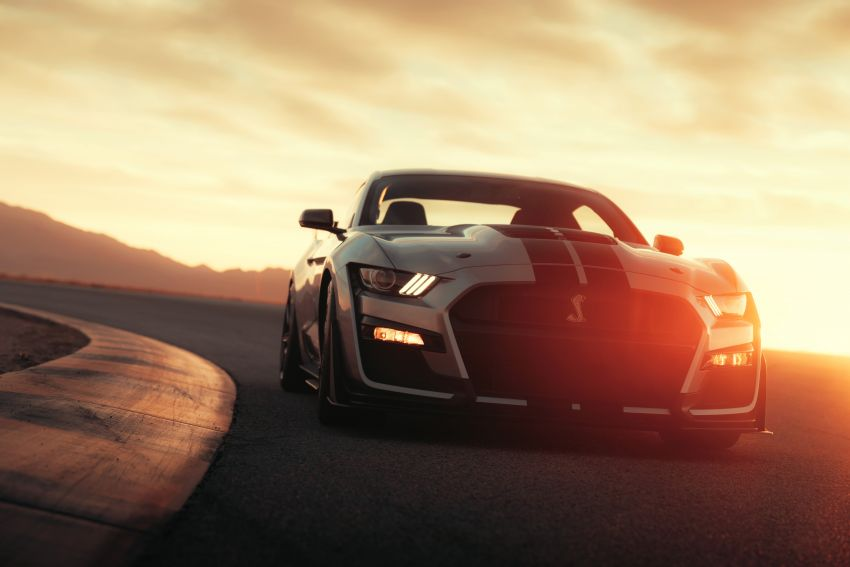2020 Mustang Shelby GT500 debuts in Detroit – 5.2 litre supercharged V8; 700 hp, 0-98 km/h under 3.5s Image #911803