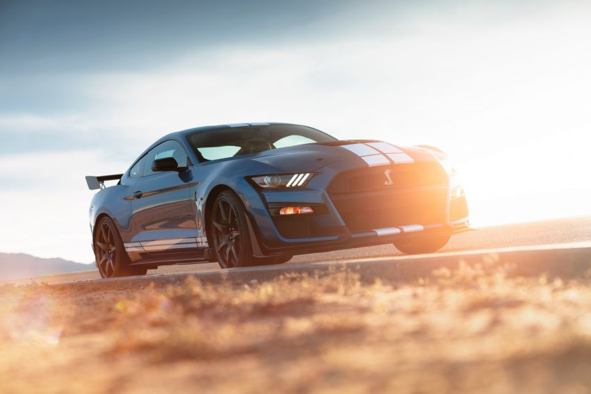 2020 Mustang Shelby GT500 debuts in Detroit – 5.2 litre supercharged V8; 700 hp, 0-98 km/h under 3.5s Image #911804