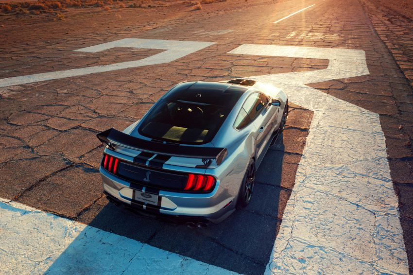 2020 Mustang Shelby GT500 debuts in Detroit – 5.2 litre supercharged V8; 700 hp, 0-98 km/h under 3.5s Image #911817