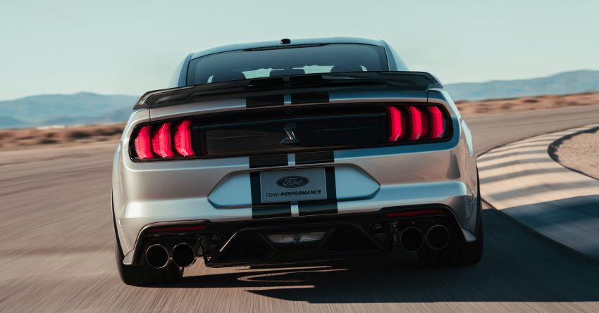2020 Mustang Shelby GT500 debuts in Detroit – 5.2 litre supercharged V8; 700 hp, 0-98 km/h under 3.5s Image #911827