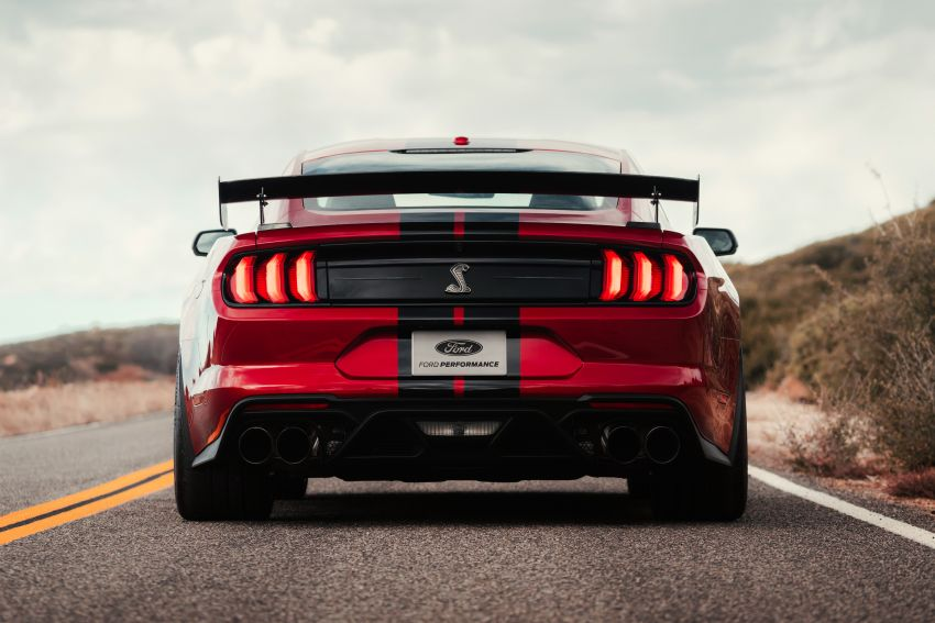 2020 Mustang Shelby GT500 debuts in Detroit – 5.2 litre supercharged V8; 700 hp, 0-98 km/h under 3.5s Image #911796