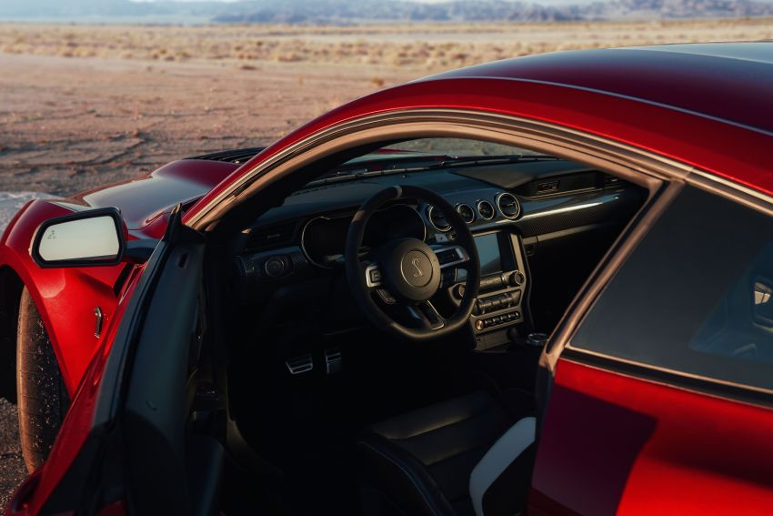 2020 Mustang Shelby GT500 debuts in Detroit – 5.2 litre supercharged V8; 700 hp, 0-98 km/h under 3.5s Image #911871