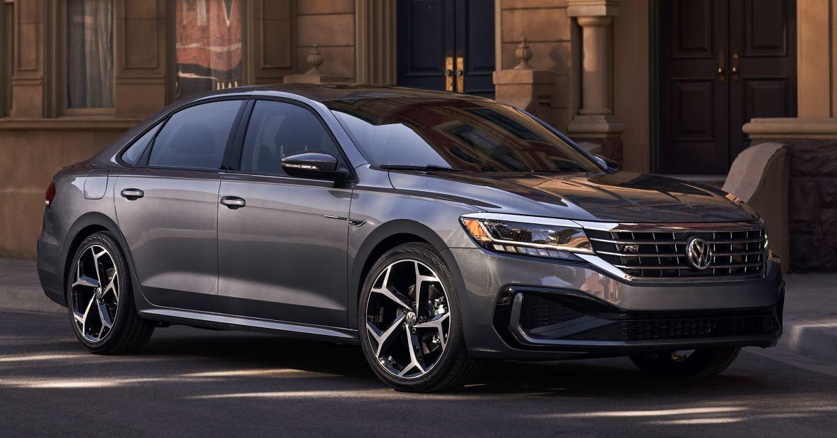 2020 Volkswagen Passat officially unveiled in Detroit ...