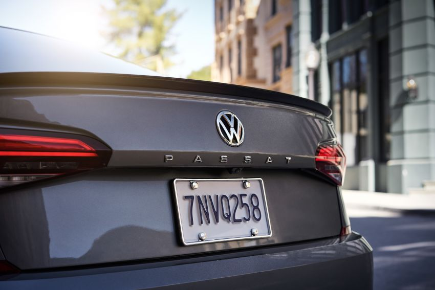 2020 Volkswagen Passat officially unveiled in Detroit Image #910505