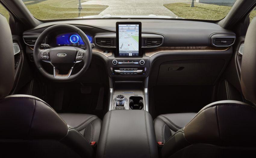 Ford Explorer 2020 didedah – pacuan roda belakang, 365 hp 3.0 liter biturbo V6, versi ST akan datang Image #908926