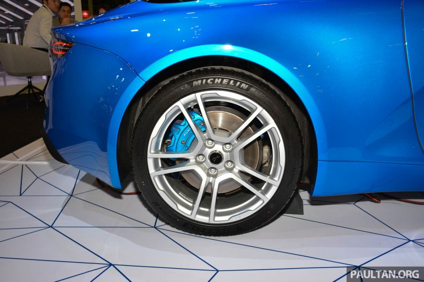 Alpine A110 goes on display at Singapore Motor Show Image #909485