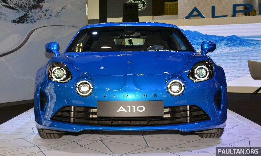 Alpine A110 goes on display at Singapore Motor Show Image #909470
