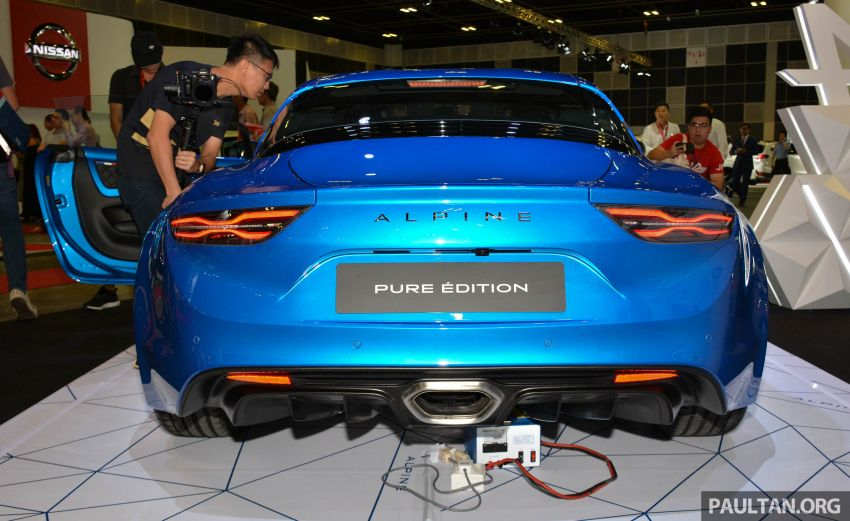 Alpine A110 goes on display at Singapore Motor Show Image #909472