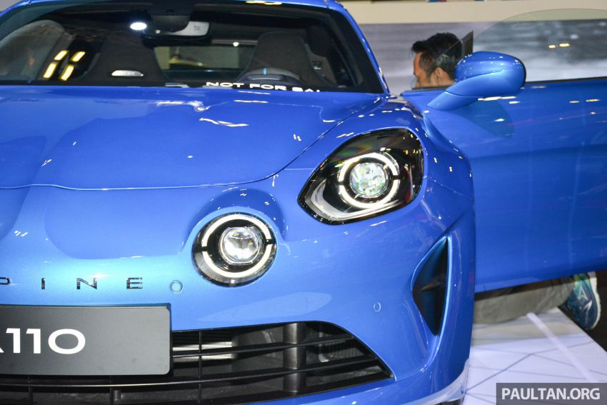 Alpine A110 goes on display at Singapore Motor Show Image #909475