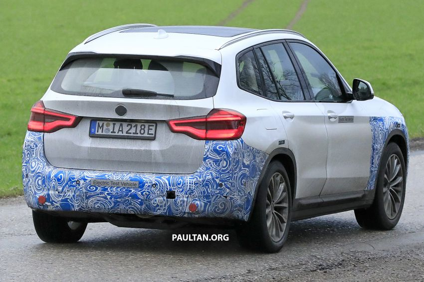 SPYSHOTS: BMW iX3 electric SUV caught once again Image #907481
