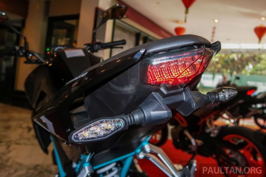 2019 CFMoto 250 NK now in Malaysia – RM12,800 for standard, RM13,800 for NK SE with ABS and TFT-LCD Image #913295