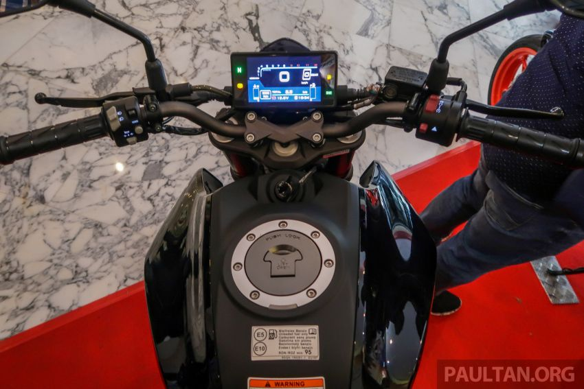 2019 CFMoto 250 NK now in Malaysia – RM12,800 for standard, RM13,800 for NK SE with ABS and TFT-LCD Image #913296
