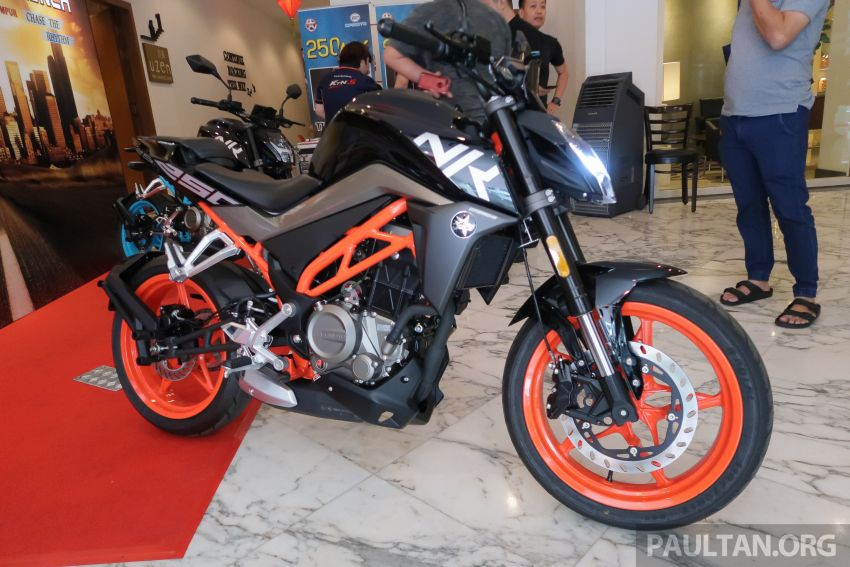 2019 CFMoto 250 NK now in Malaysia – RM12,800 for standard, RM13,800 for NK SE with ABS and TFT-LCD Image #913328
