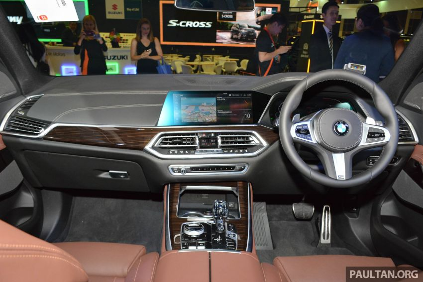 G05 BMW X5 on display at the Singapore Motor Show Image #909154