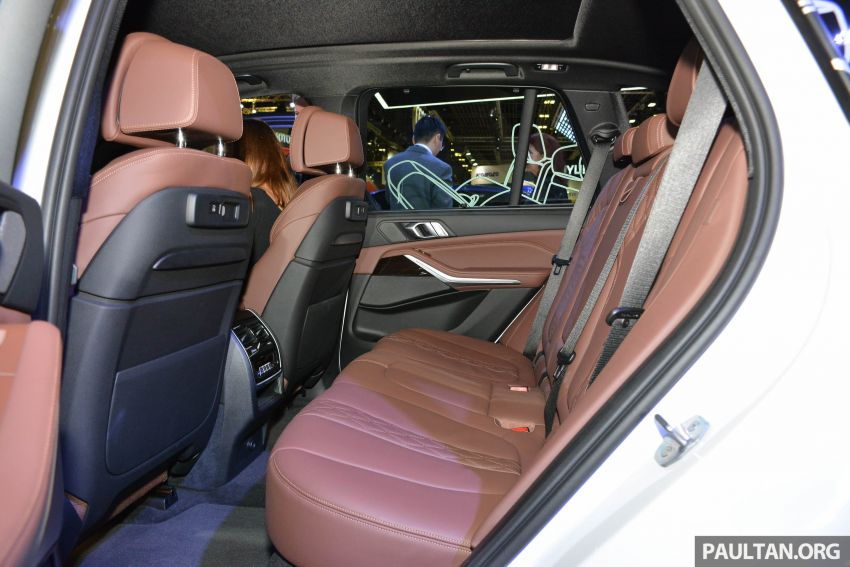 G05 BMW X5 on display at the Singapore Motor Show Image #909160