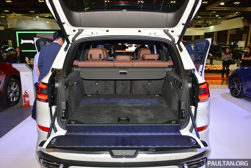 G05 BMW X5 on display at the Singapore Motor Show Image #909161