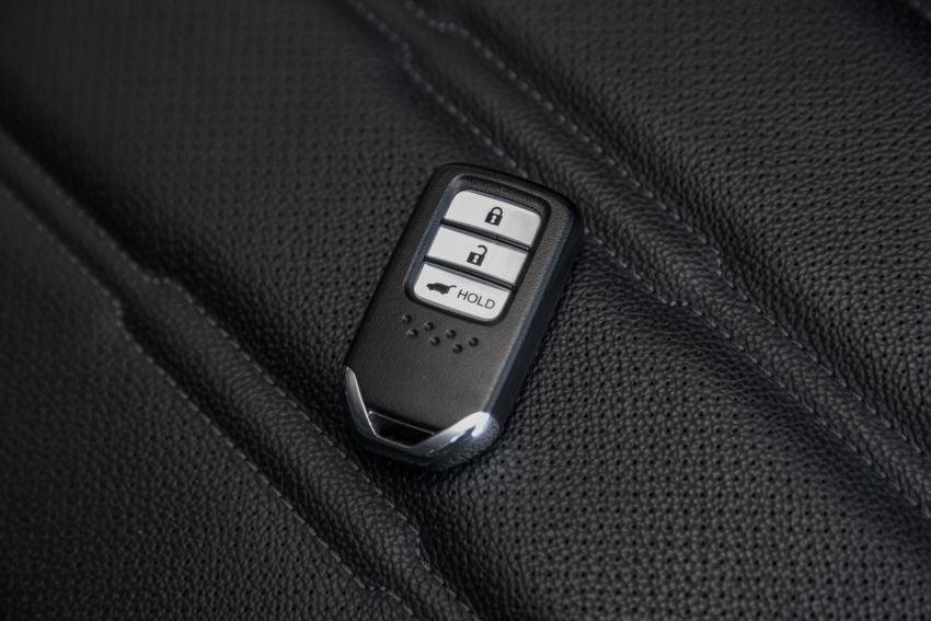 Driven Web Series 2019: New Proton SUV against rivals –  Proton X70 vs Honda CR-V vs Subaru XV Image #915781