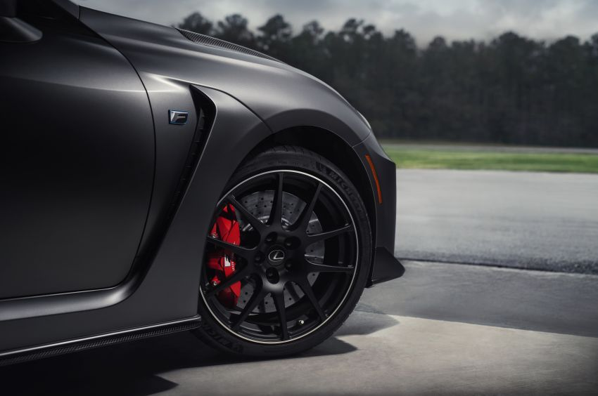 Lexus RC F facelift revealed with new Track Edition Image #917758