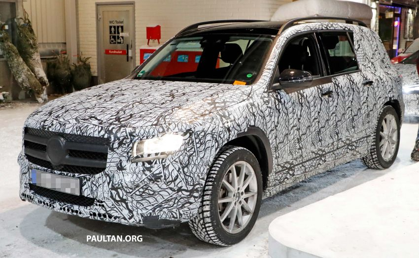 SPIED: Mercedes-Benz GLB interior seen up close! Image #906306