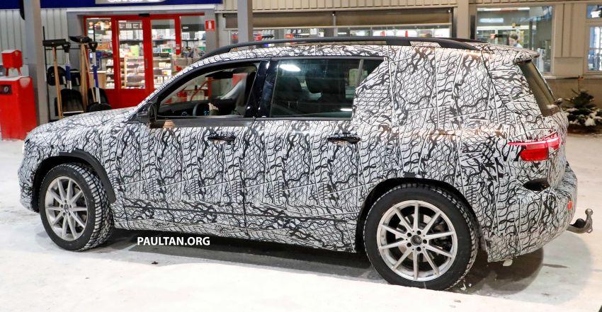 SPIED: Mercedes-Benz GLB interior seen up close! Image #906319