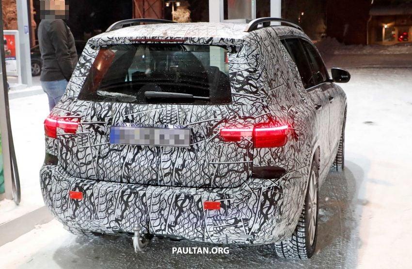 SPIED: Mercedes-Benz GLB interior seen up close! Image #906313