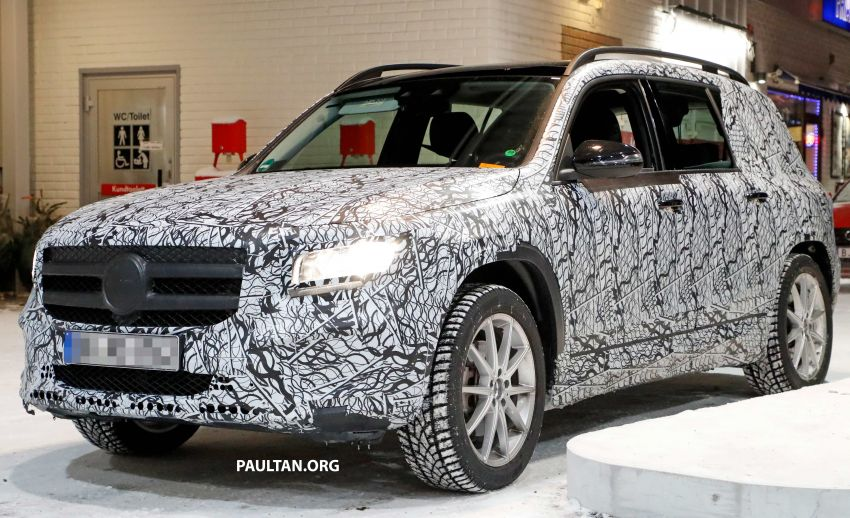 SPIED: Mercedes-Benz GLB interior seen up close! Image #906317