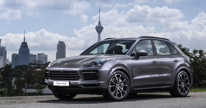Porsche Cayenne, Panamera – new Premium Package, Power Steering Plus and PASM now standard in M'sia Image #910286