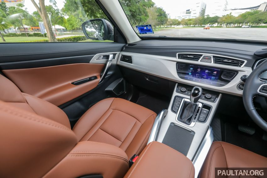 DRIVEN: Proton X70 SUV review – it's worth the hype Image #909798