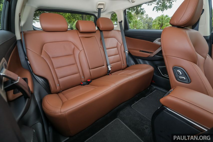 DRIVEN: Proton X70 SUV review – it's worth the hype Image #909808
