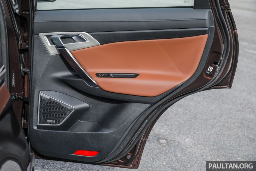 DRIVEN: Proton X70 SUV review – it's worth the hype Image #909815
